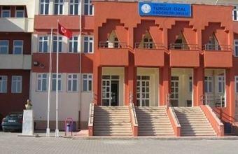TURGUT ÖZAL ORTAOKULU resmi